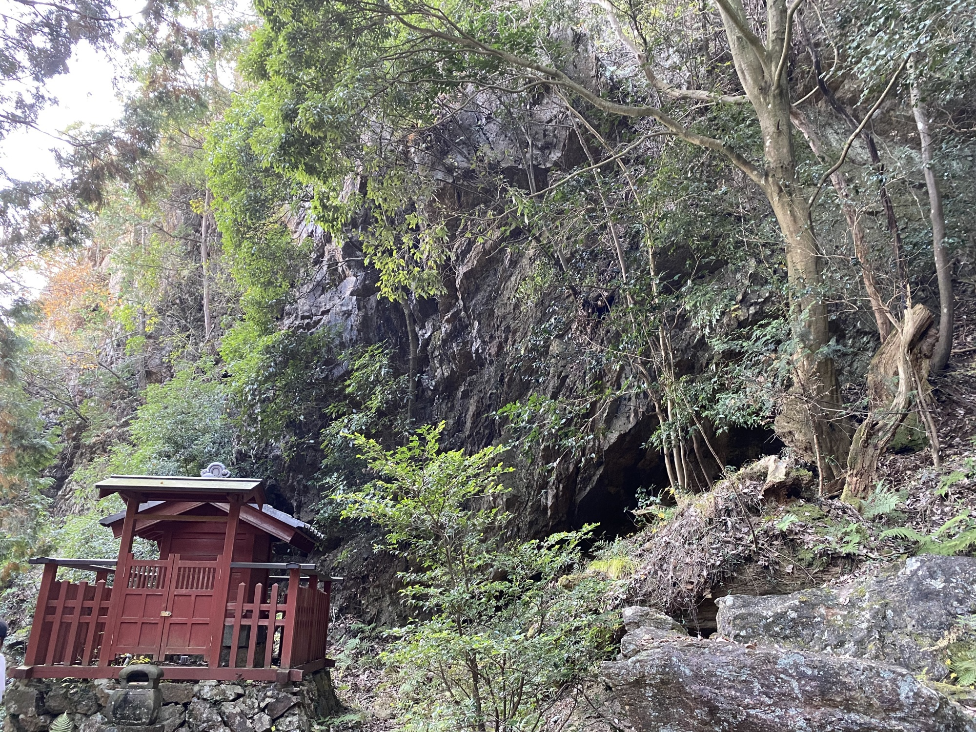 行道山浄因寺の境内